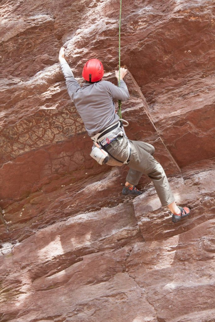 Climber likely experiencing shoulder pain